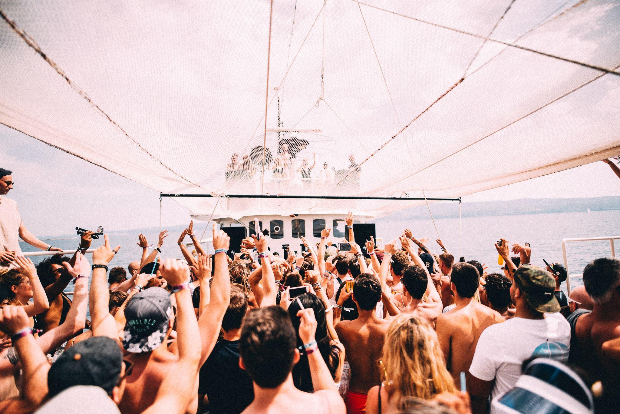despedidas de soltera en barco malaga