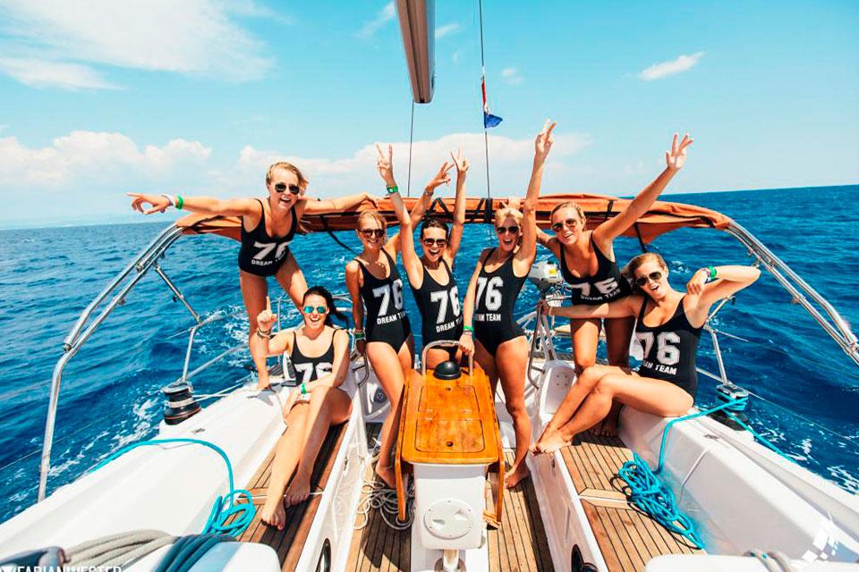 Despedidas de soltera Málaga en barco